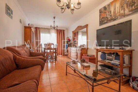 Apartamento con 2 dormitorios en venta, Nerja Chaparil