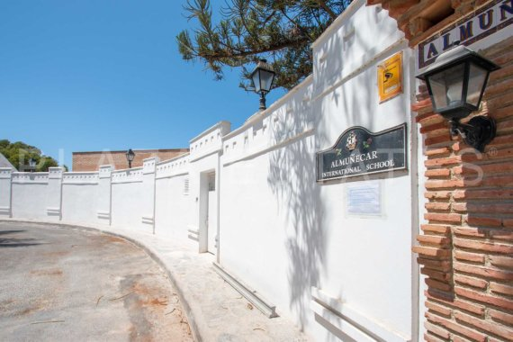 villa for sale los Pinos, Almunecar
