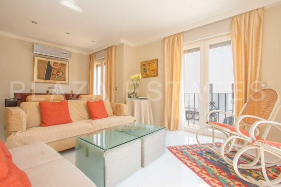 3 bedroom apartment for sale in the Balcony of Europe, Nerja